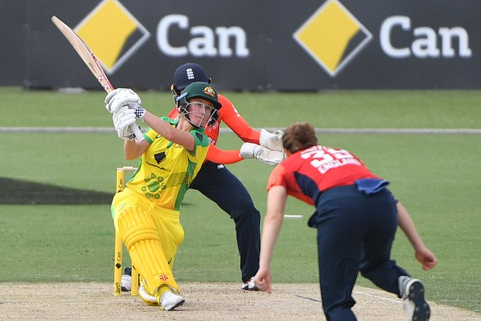 Australia Women's Triseries Australia vs England second match