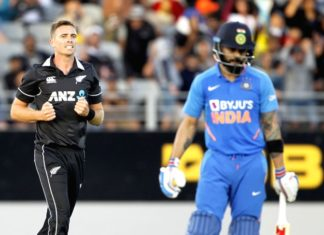 Virat Kohli dismissed by Southee