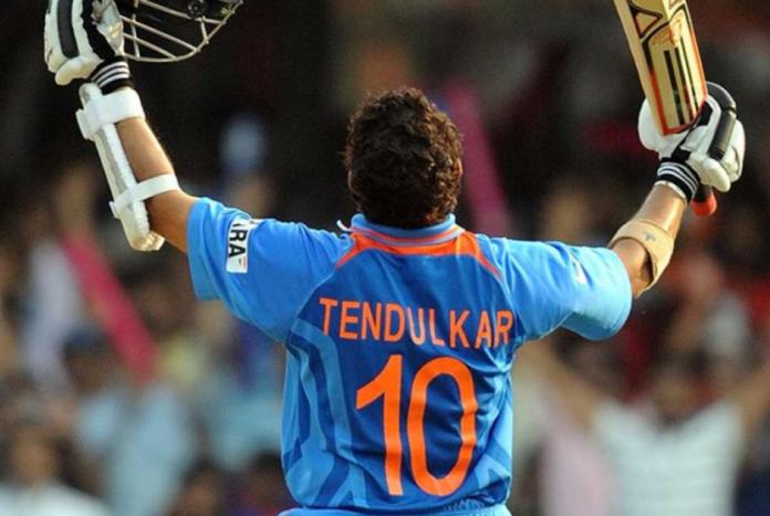 Sachin Tendulkar becomes first player to scored 10000 ODI runs