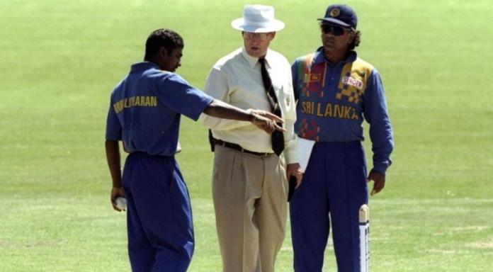 Muttiah Muralitharan no-ball controversy