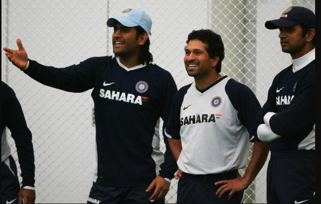 Sachin Dhoni and Dravid