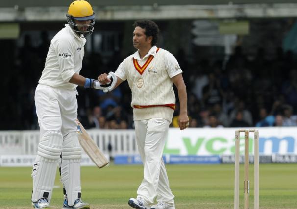 Yuvraj Singh replies to Sachin's retirement wishes
