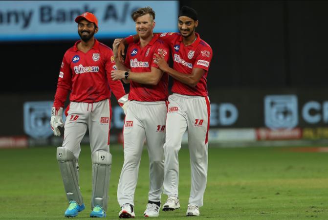 James Neesham dismissed Prithvi Shaw for 7 runs