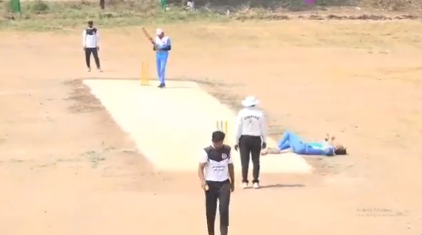 Maharashtra cricketer died while batting