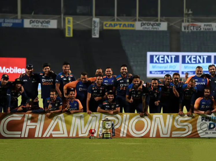 India wins ODI trophy against England