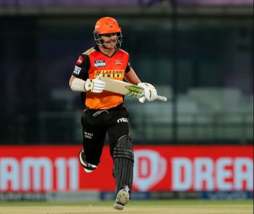David Warner becomes 4th player to score 10000 runs in T20 format