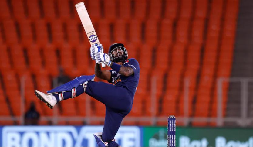 Suryakumar Yadav starts his T20I debut with a six
