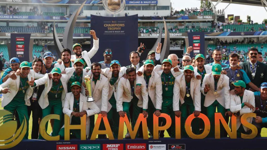 Pakistan lifts 2017 Champions Trophy