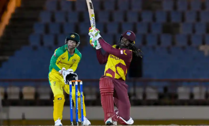 Chris Gayle becomes first batsman to score 14000 runs in T20 format