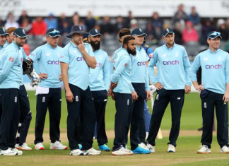 7 members of England team test positive for Covid-19