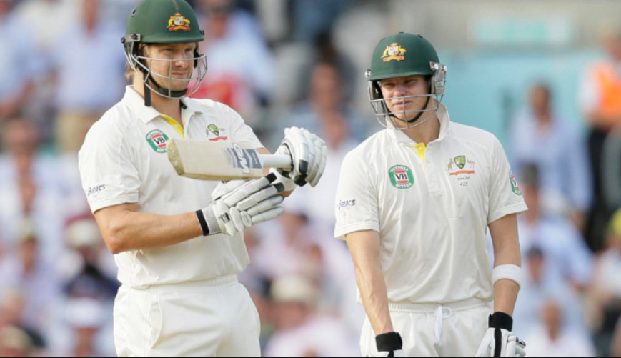 Shane Watson appealing for Player's review