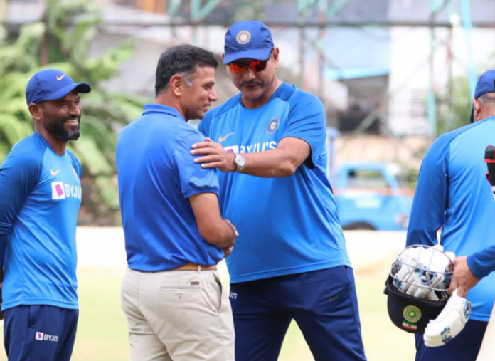 Dhawan Points Out Stark Difference In Dravid, Shastri's Personality