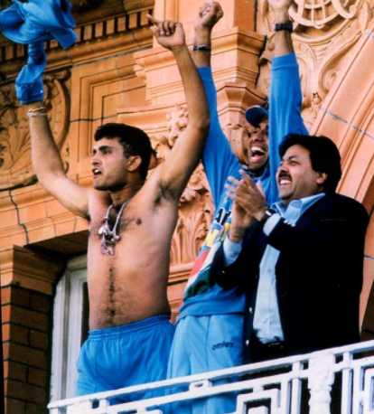 Ganguly removes his T-shirt post winning the match at Lord's stadium